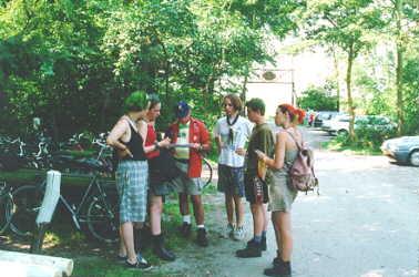 even overleggen voor we naar 't strand fietsen, wat een avontuur was dat - was iedereen elkaar kwijt?